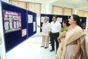 Exhibition by commerce dept_800x533